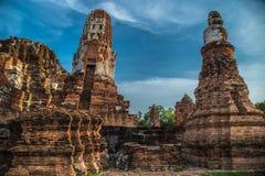 Wat Mahathat (Tempel van de Grote Overblijfselen) stock afbeeldingen