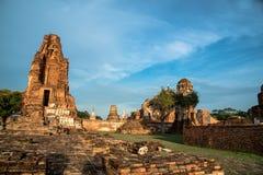 Wat Mahathat (Tempel van de Grote Overblijfselen) royalty-vrije stock foto