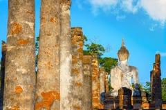 Wat Mahathat Temple en el parque histórico de Sukhothai, Tailandia Foto de archivo libre de regalías