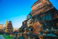 Wat Mahathat Temple en el parque histórico de Sukhothai, un sitio del patrimonio mundial de la UNESCO Foto de archivo