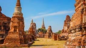 Wat Mahathat Temple i historiska Ayuthaya parkerar, en UNESCOvärldsarv Arkivfoto