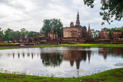 Wat Mahathat temple ruin Royalty Free Stock Photos