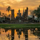 Wat Mahathat temple, Sukhothai Historical Park Royalty Free Stock Photos