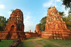 Wat Mahathat (templo da grande relíquia ou templo do grande relicário) é o nome curto comum dos diversos templ budista importante Foto de Stock Royalty Free