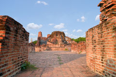Wat mahathattempel ayutthaya. Arkivbilder