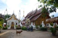 Wat mahawan tempel i Chiang Mai Arkivfoton