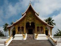 Wat Mai寺庙在琅勃拉邦 库存照片