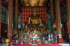 Wat Manorom - ένας αρχαίος βουδιστικός ναός σε Luang Prabang Λάος στοκ εικόνες