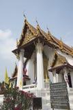Wat Na Phra Mane en thailändsk tempel i Ayutthaya Thailand fotografering för bildbyråer
