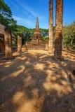 Wat Nang Phaya en el parque histórico del Si Satchanalai en Sukhothai, Tailandia Fotografía de archivo libre de regalías