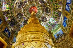 Wat Pa Sawang Bun inre, Saraburi Arkivfoton