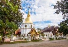Wat Padarapirom dans la forêt Photos stock