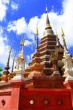 Wat Phan Tao tempel av Thailand Royaltyfri Fotografi