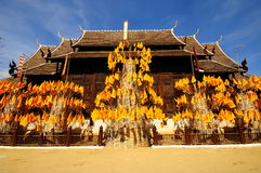 Wat Phan Tao tempel, Thailand Royaltyfria Bilder