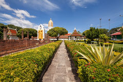 Wat Phar Sri Rattana Mahathat Templo, Phitsanulok em Tailândia imagem de stock