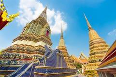 Wat Pho寺庙塔在曼谷,泰国 免版税库存图片