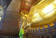 Wat Pho самый большой золотой Будда Бангкок Таиланд 2 Стоковые Изображения RF