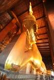 Wat Pho Buddha de reclinação Fotografia de Stock Royalty Free