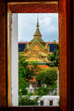 Wat Pho w drewnianym okno, Bangkok, Tajlandia Fotografia Stock