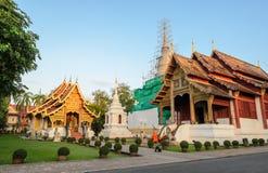 Wat Phra辛哈古老木寺庙在清迈,泰国 免版税库存照片