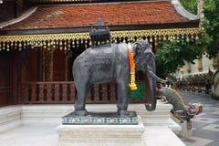 Wat Phra那个土井素贴寺庙泰国清迈菩萨 免版税库存照片
