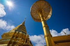 Wat Phra那土井素贴在晴天 Chiang Mai 库存图片