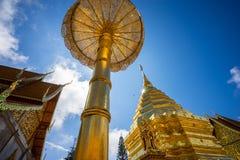 Wat Phra那土井素贴在晴天 Chiang Mai 图库摄影