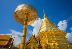Wat Phra那土井素贴在晴天 Chiang Mai 免版税库存图片