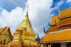 Wat Phra Że Doi Suthep jest Theravada buddyjskim świątynią przy beaut fotografia stock