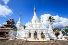 Wat Phra που ναός Doi Kong MU σε μια κορυφή βουνών στη Mae Hong S στοκ φωτογραφίες με δικαίωμα ελεύθερης χρήσης