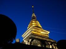 Wat Phra которое Chang Kham Worawihan на Nan, Таиланде Стоковое фото RF