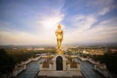 Wat Phra которое Khao Noi, точка зрения, золотое положение статуи Будды Стоковое Фото