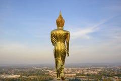 Wat Phra которое Khao Noi, точка зрения, золотое положение статуи Будды Стоковые Изображения