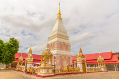 Wat Phra тот висок Renu Nakhon Стоковые Фотографии RF