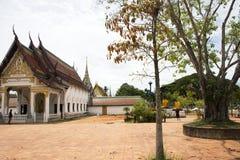 Wat Phra Borommathat Chaiya Temple en el distrito de Chaiya en Surat Thani, Tailandia Foto de archivo libre de regalías