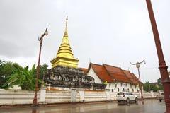 Wat Phra That Chang Kham Worawihan, Thailand stock afbeeldingen