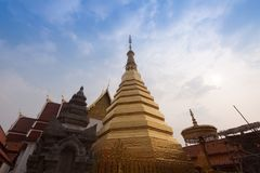 Wat Phra That Cho Hae, Phrae Tailândia fotos de stock royalty free
