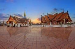 Wat Phra That Choeng Chum, Sakonnakhon, Tailandia Fotos de archivo libres de regalías