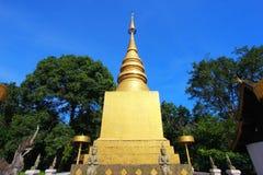 Wat Phra That Chom Chaeng på Chiangmai, Thailand Arkivbild