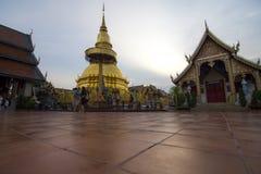Wat phra das hariphunchai Stockbilder