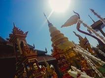 Wat phra das hariphunchai Stockfotos