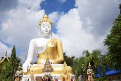 Wat Phra That Doi Kham em Chiangmai, do norte de Tailândia imagens de stock