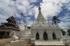 Wat Phra That Doi Kong Mu, Mae Hong Son, nordliga Thailand Arkivbild