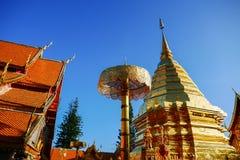 Wat Phra That Doi Suthep är den turist- dragningen av Chiang Mai, Thailand askfat fotografering för bildbyråer