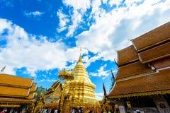 Wat Phra That Doi Suthep el templo fundado en 1385 es un l importante Imágenes de archivo libres de regalías