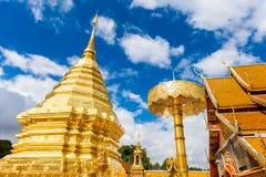 Wat Phra That Doi Suthep el templo fundado en 1385 es un l importante Imagen de archivo libre de regalías