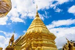 Wat Phra That Doi Suthep el templo fundado en 1385 es un l importante Fotografía de archivo