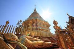 Wat Phra That Doi Suthep ist ein bedeutendes touristisches destin Stockfotografie
