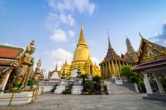 Wat Phra Kaeo, świątynia Szmaragdowy Buddha i dom, Obraz Royalty Free