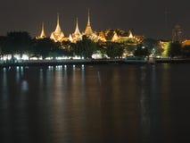 Wat Phra Kaeo με τον ποταμό Chao Phraya Στοκ φωτογραφία με δικαίωμα ελεύθερης χρήσης